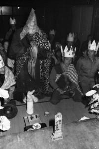 これら一連の「下久那ジャランポン祭」という奇祭の様子を、浅見さんのフィルムが再生してくれる。